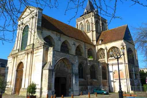 Abbaye_Saint_Taurin